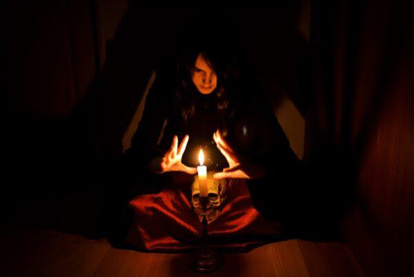Resultado de imagem para magia negra