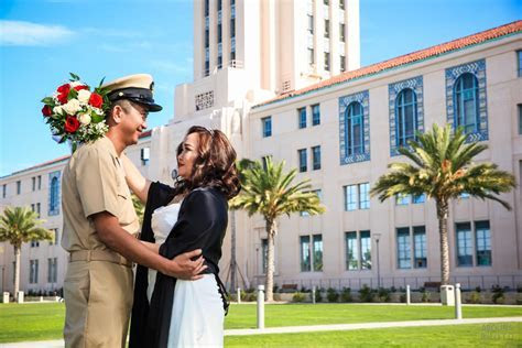 A Fun 30 Minute Courthouse Wedding in San Diego for Mary