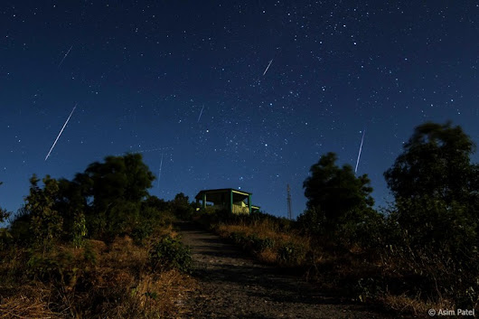 Geminid Meteor Shower Will Blaze Across Skies Next Week — Smithsonian