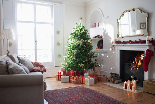 10 Easy Ways to Make a Fake Tree Look More Real