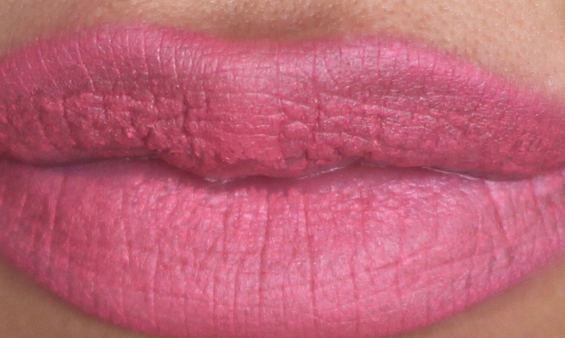 NO7 STAY PERFECT LIPSTICK CORAL ROSE SWATCH