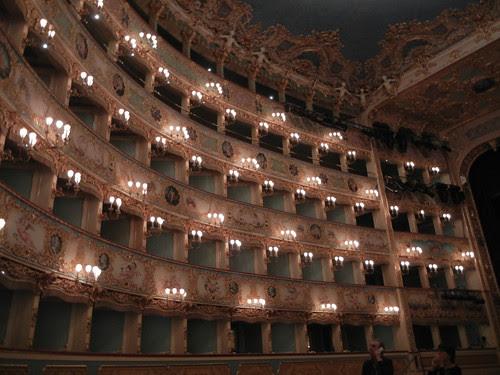 DSCN1399 _ La Fenice, Venezia, 13 October