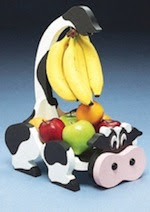 Cow Fruit Hanger Woodworking Plan - fee plans from WoodworkersWorkshop® Online Store - fruit hangers,scrollsaw baskets,on the farm,full sized patterns,woodworking plans,woodworkers projects,blueprints,drawings,blueprints,how-to-build,MeiselWoodHobby
