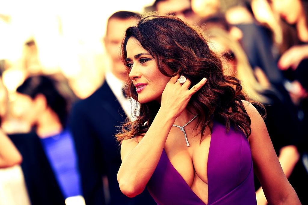 Salma Hayek Sexy at the Cannes - Sexy Actress Pictures | Hot Actress Pictures