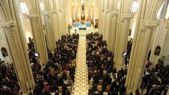 Monseñor Osoro celebra este domingo su primera vigilia de la Inmaculada en Madrid