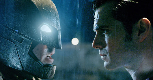 The New, Supersized Batman v Superman Trailer Goes All In | WIRED