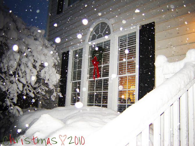 Christmas dress, Lace dress, Fashion Outfit, Snow