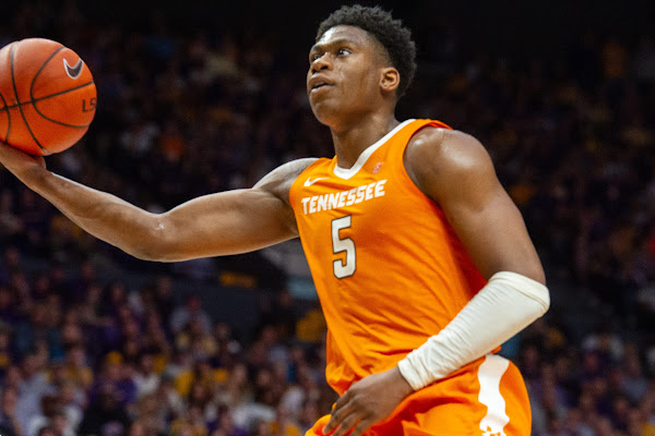 460288dc341 How far will Tennessee basketball drop in polls after LSU loss?