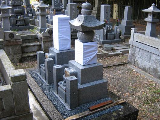 墓石・滋賀県石末 辻本石材店