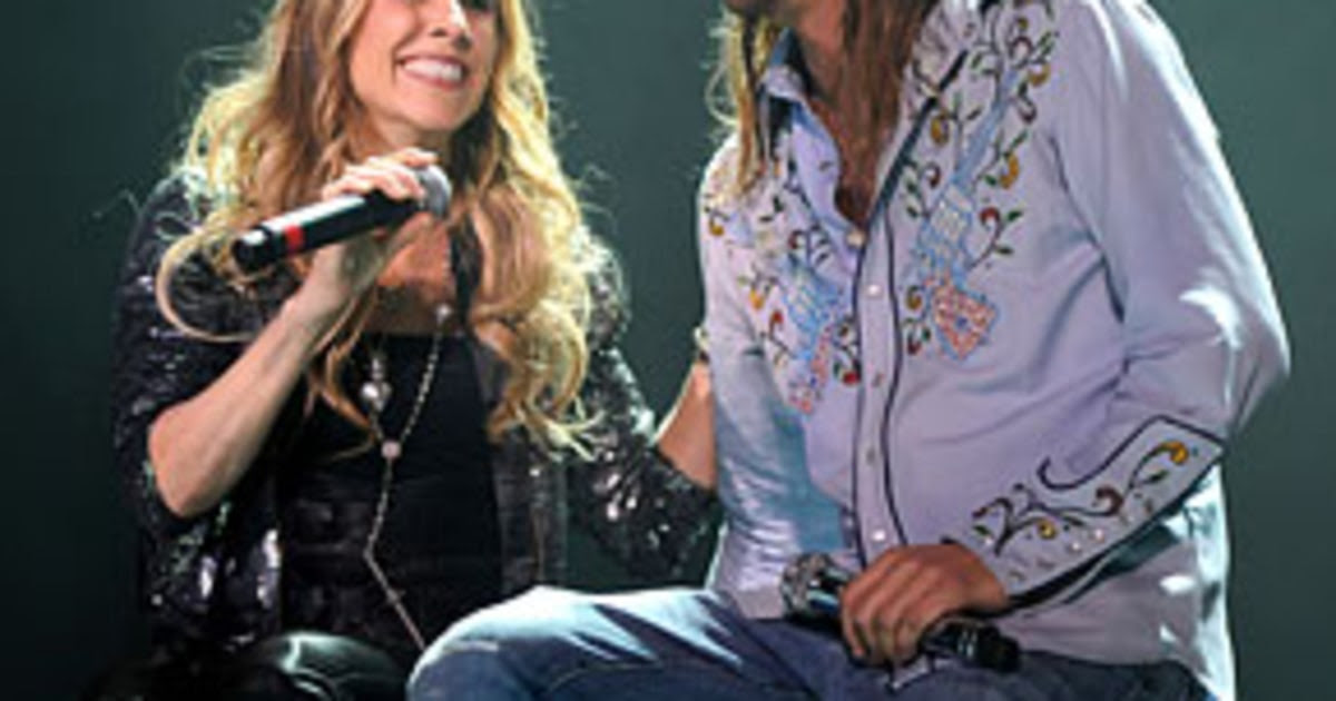 """Sheryl Crow Says Pal Kid Rock is """"Super Conservative and ..."""