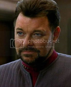 Jonathan Frakes as 'Commander Riker'