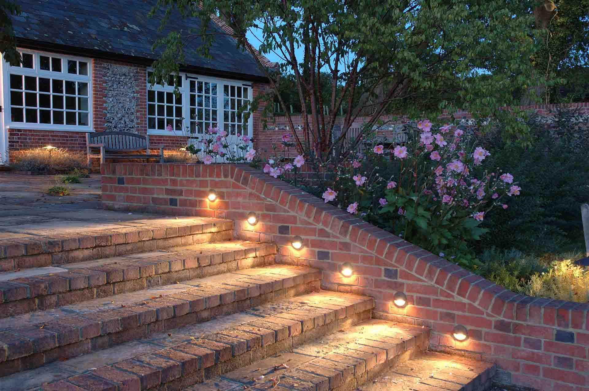 Incredible Summer Landscape Lighting Ideas