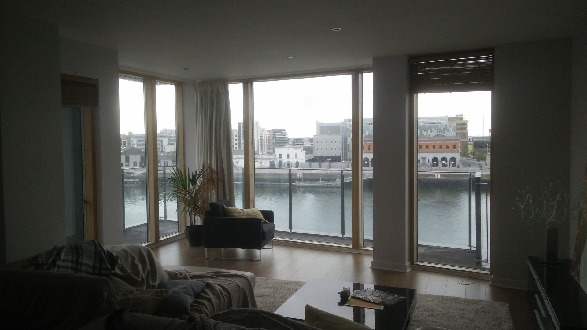 Dublin Airbnb: https://www.airbnb.ie/rooms/8604603 photo IMG_20151018_092125_zpsbyf1u7kf.jpg