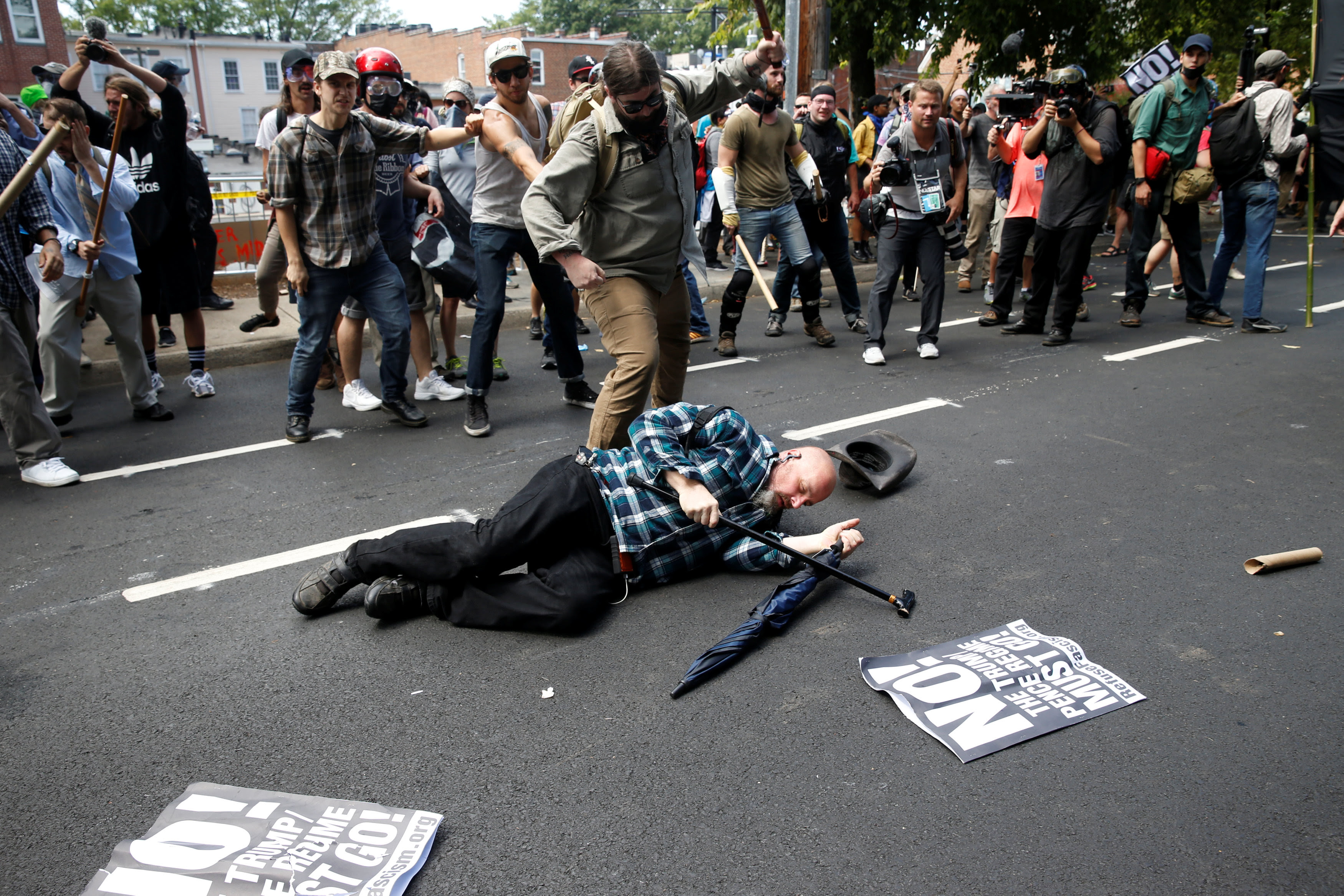 2017 08 12T170557Z 1054340927 RC1DC7EFF0F0 RTRMADP 3 VIRGINIA PROTESTS