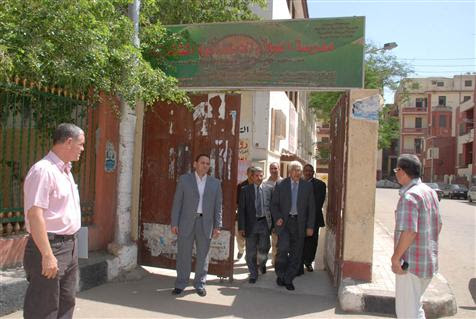 http://gate.ahram.org.eg/Media/News/2013/5/14/2013-635041285567491466-749_main.jpg