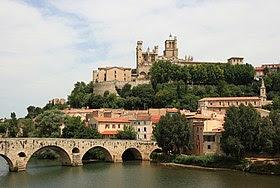 L'Orb, le Pont Vieux et la cathédrale Saint-Nazaire.