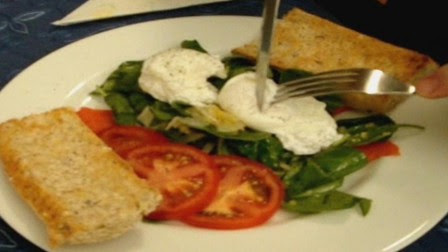 Poached Egg Recipe w/ Spinach & Smoked Salmon -