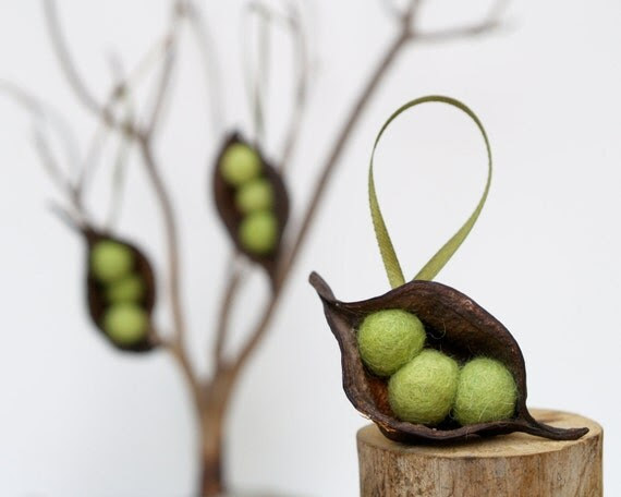 Natural Easter Tree Ornaments, 3 Pea Pod Ornaments Nature Inspired Olive Green Rustic Organic Fun Food Dude Unique Needle Felted Wool Spring