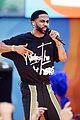 big sean spreads positive message at gma concert 02