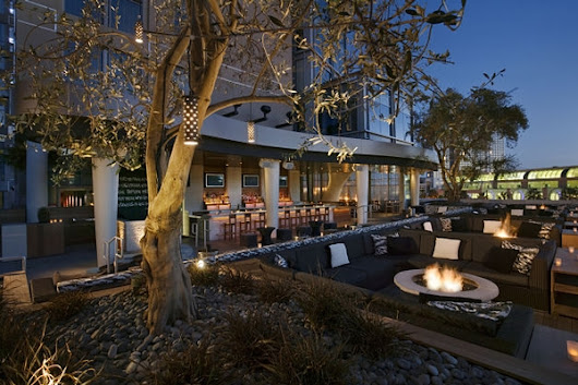 14 Romantic Rooftop Bars for Celebrating Valentine's Day: Part Two