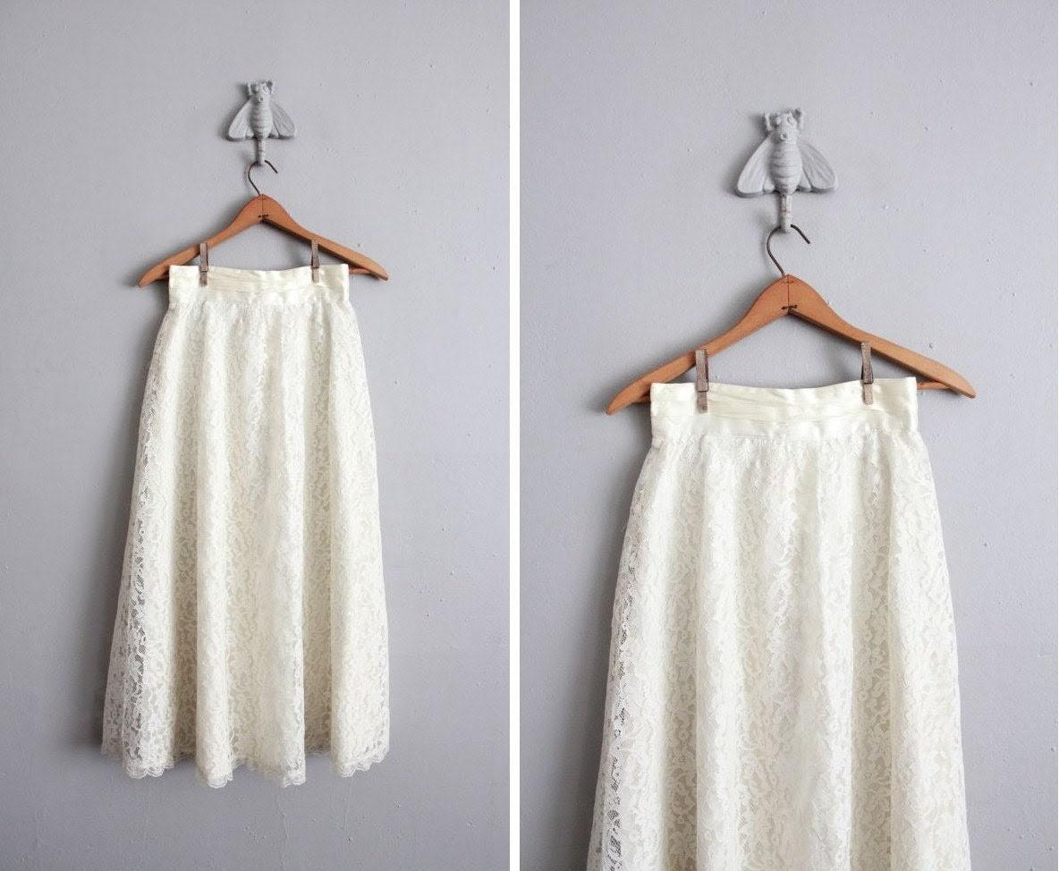 1970s vintage cream lace maxi skirt