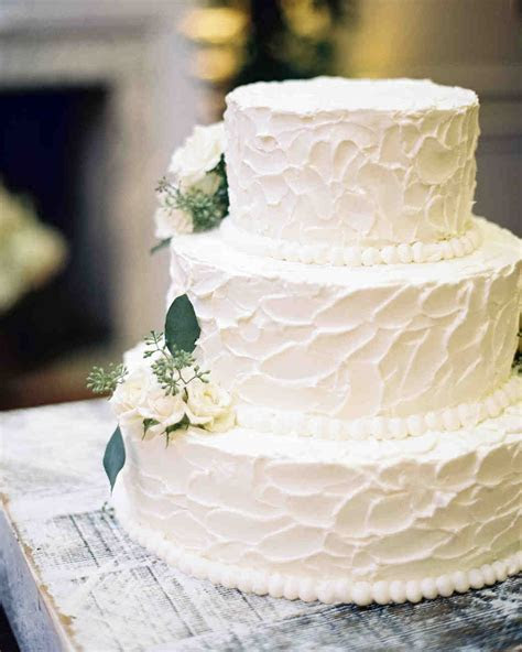 33 Romantic Wedding Cakes   Martha Stewart Weddings