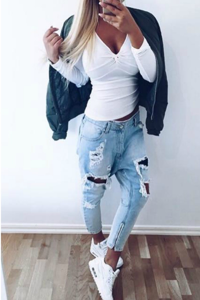 Ripped Jeans Outfit Ideas For School - Outfit Ideas