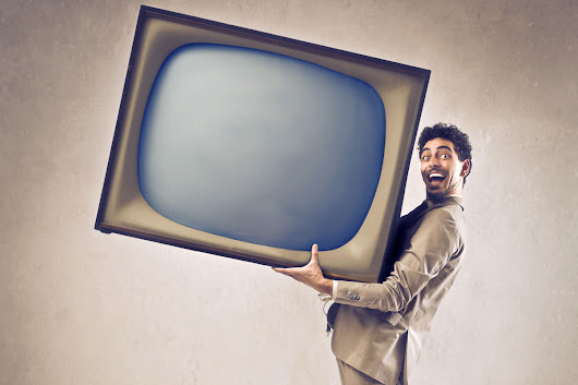 8 Reasons Why You Shouldn't Use a Home TV In Your Business