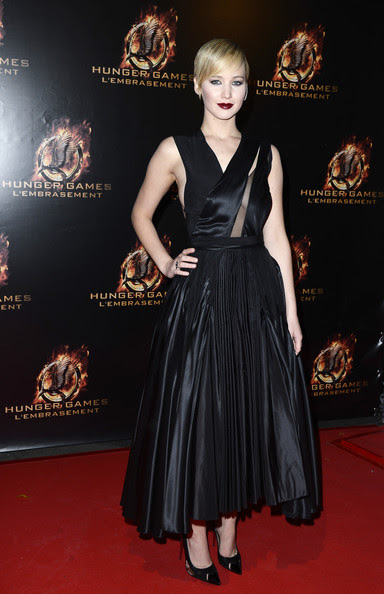 Jennifer Lawrence Jennifer Lawrence assiste 'The Hunger Games: Catching Fire' Paris Première au Grand Rex le 15 Novembre 2013, à Paris, France.