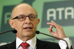 El ministre d'Hisenda, Cristobal Montoro, durant el seu discurs aquest dimecres a l'acte de cloenda dels premis ATA