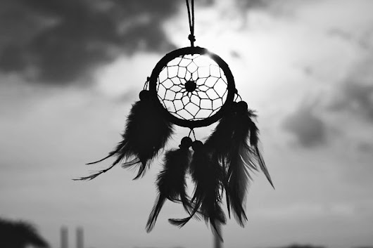 Dream Catchers – A Poem by Lynn White