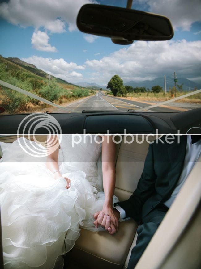 http://i892.photobucket.com/albums/ac125/lovemademedoit/welovepictures/ValDeVie_Wedding_010.jpg?t=1338384172