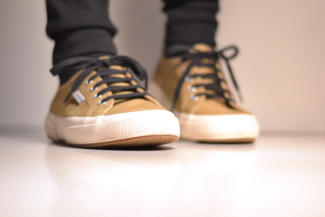 New in shoes camel superga sneakers fashion trend fall winter 2014 blog post by belgian fashion blogger turn it inside out from belgium. belgische mode blogster fashion blogger modeblogger shopping sneakershop