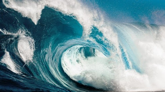 Calculating tsunami's size and destructive force by exploiting high-speed acoustic gravity waves