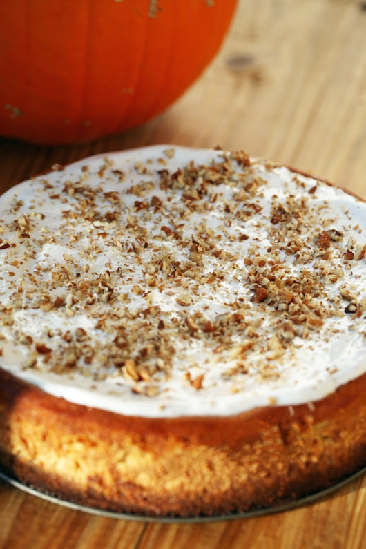 Pumpkin Cheesecake With Ginger Snaps and Pecan Crust - Lady Lee's Home