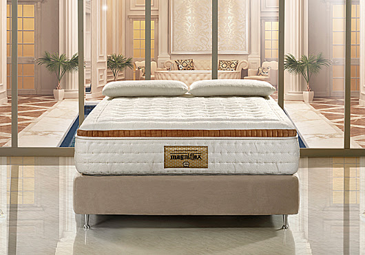Can you stack one mattress on top of another for more comfort? - Blog - Nine Clouds