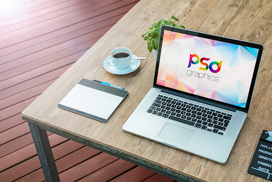 Macbook Pro on Table Mockup Free PSD | PSD Graphics