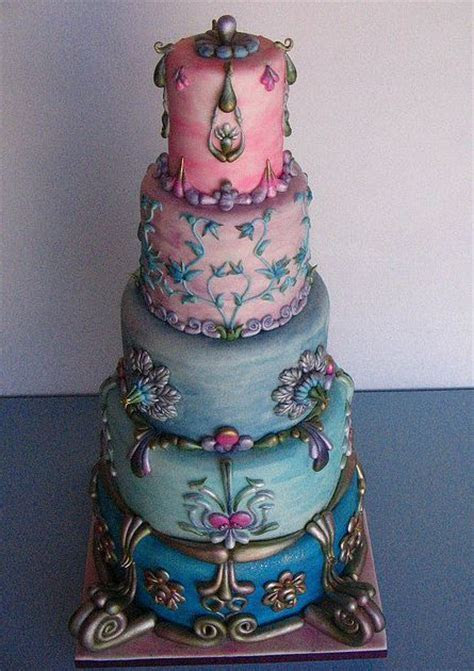 Round 5 tier antique style cake (1 comment)