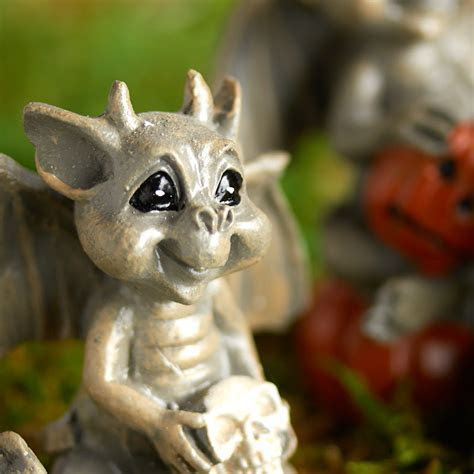 Miniature Halloween Gargoyle   Fairy Garden Miniatures