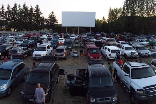 Vote - 99W Drive-In - Best Drive-In Movie Theater Nominee:  2016 10Best Readers' Choice Travel Awards
