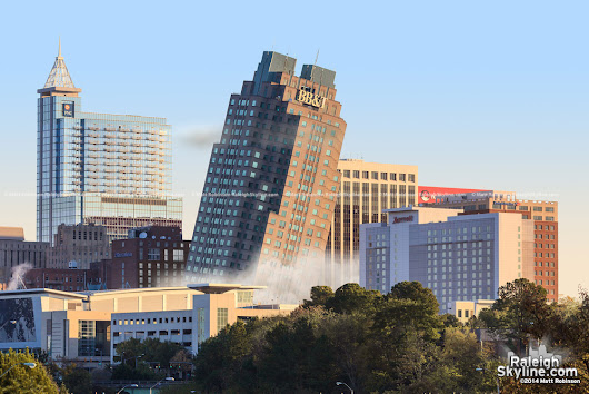Raleigh's BB&T Building Imploded to make way for Publix Grocery