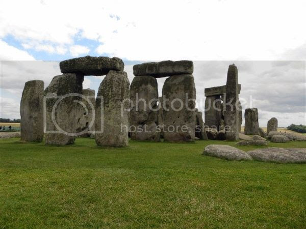 Jimjams - photo - Stonehenge