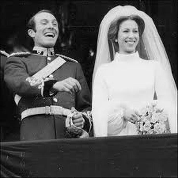 Boda de la princesa Ana y Mark Phillips en 1973, el vestido lo diseñó la novia.