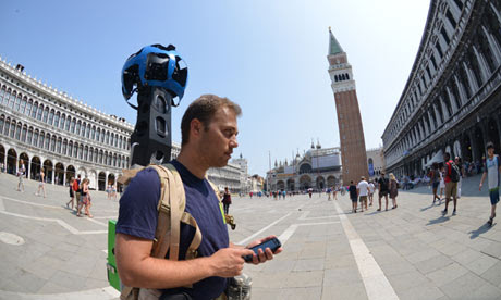 Google Street View takes Venice by foot