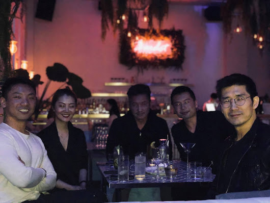 Hanging out with Kenzi Wang (Blockchain), Annie Wang (Media), Fred Jin (Games), and Eunwyn Poon (Spin) and me :)