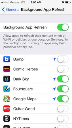 4. Tắt Background App Refresh.