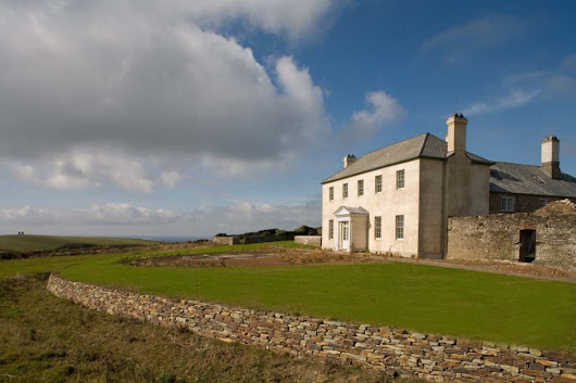 Berry House - self catering accommodation in Devon North - sleeps up to 24