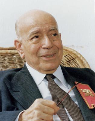 Plinio Corrêa de Oliveira candid meeting