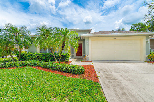 1647 Sawgrass Drive SW, Palm Bay
