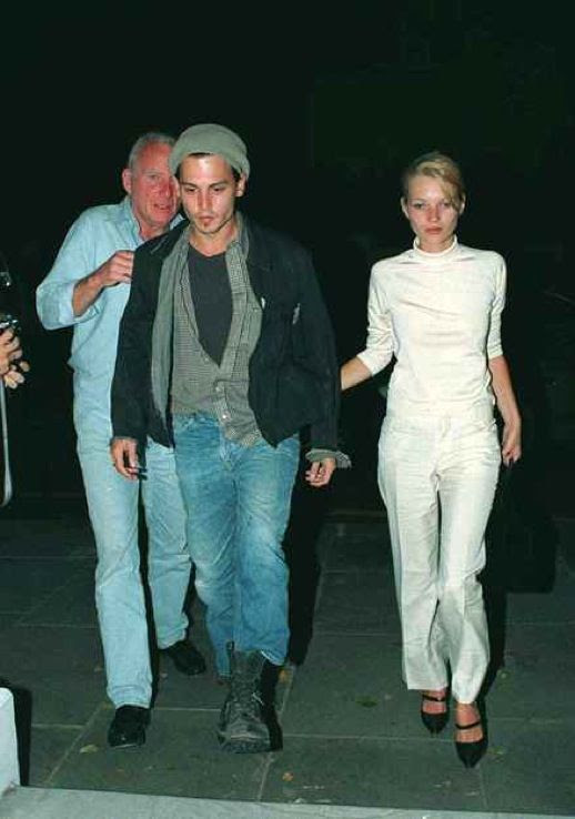 LE FASHION BLOG JOHNNY DEPP KATE MOSS JOHNNY AND KATE INSPIRATION ALL WHITE 90S MINIMAL LOOK MARY JANE SHOES TURTLE NECK 17